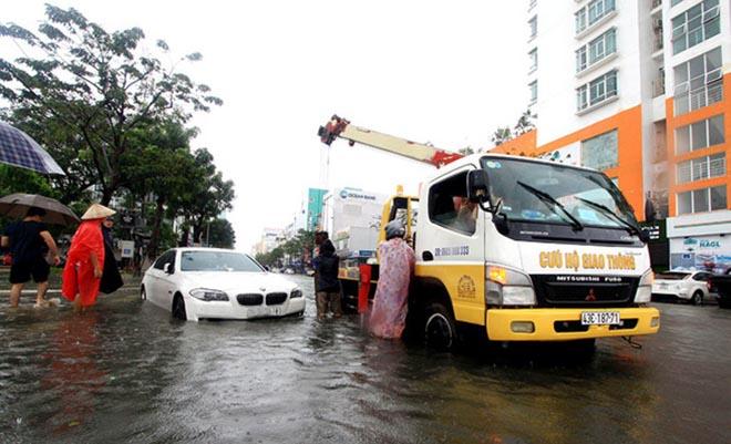 5 kỹ năng cơ bản để lái xe an toàn mùa mưa bão tại Việt Nam - 3