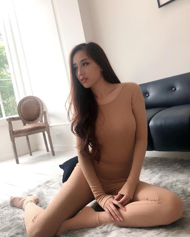 """Mai Phương Thúy thanh minh về váy diện đêm chung kết:""""Tôi không thể lộ vòng 1 được!"""" - 5"""