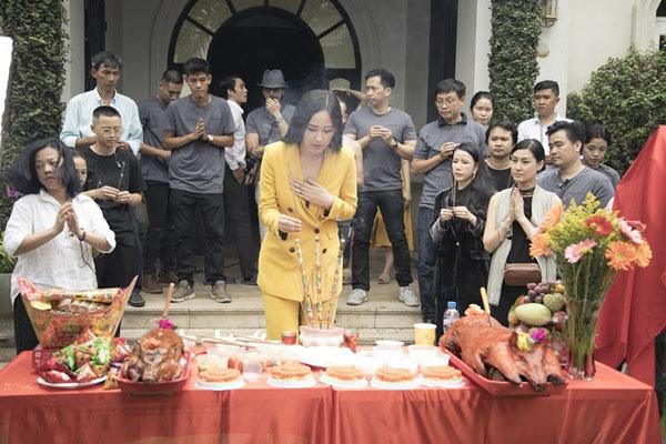 """Mai Phương Thúy thanh minh về váy diện đêm chung kết:""""Tôi không thể lộ vòng 1 được!"""" - 7"""