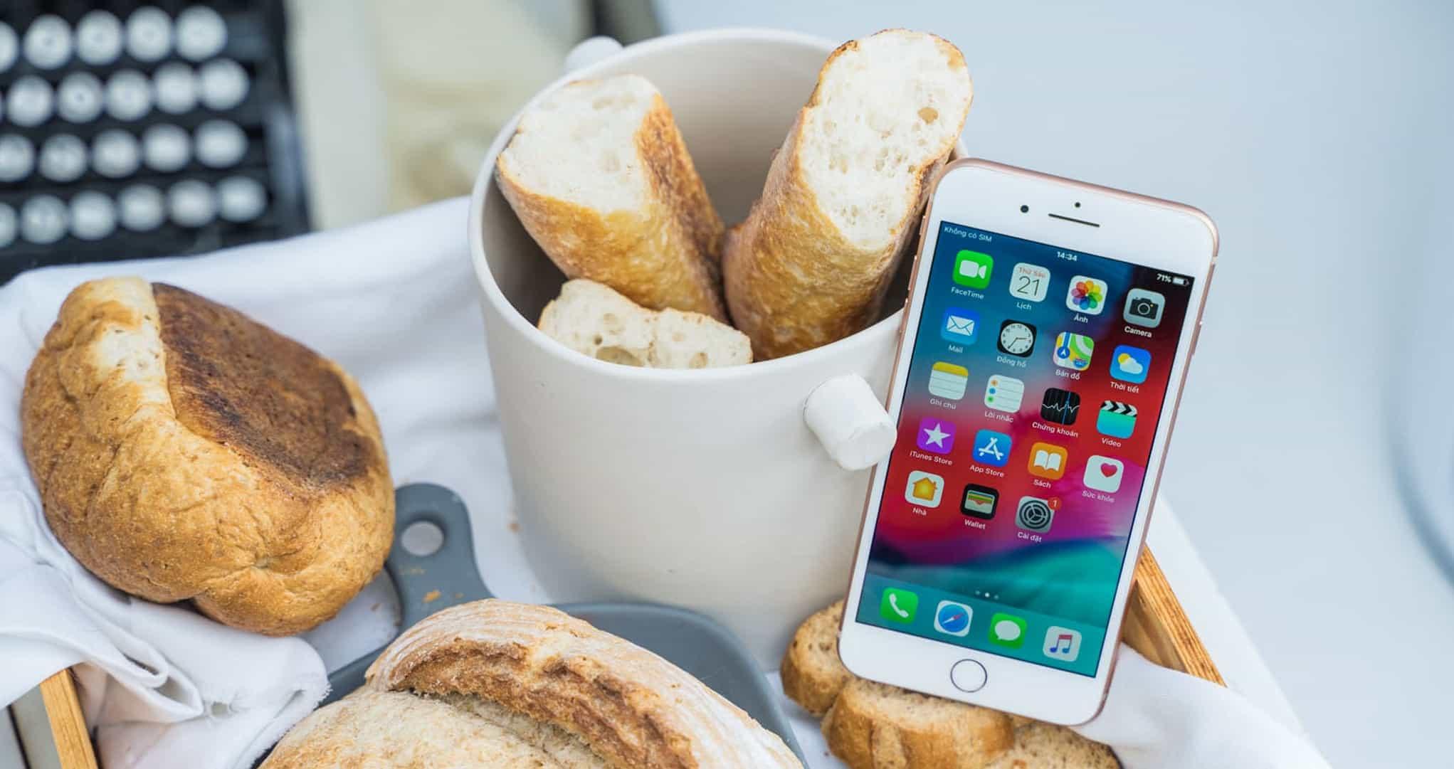 iPhone XR và iPhone 8 Plus: Bạn thích tai thỏ hiện đại hay phím home màn hình truyền thống? - 6