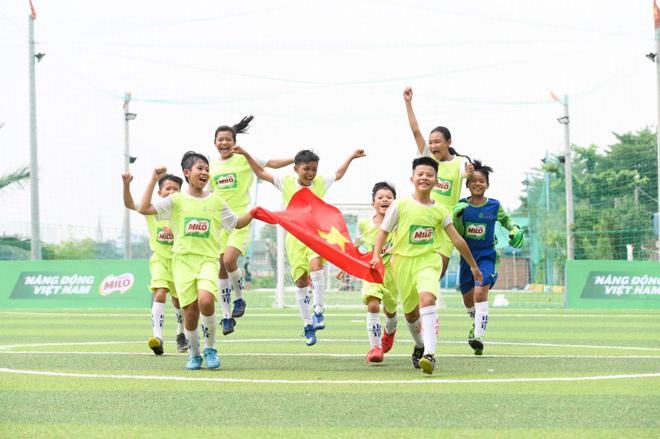 8 cầu thủ nhí Việt Nam tranh tài tại Barcelona cùng giấc mơ gặp thần tượng Messi - 6