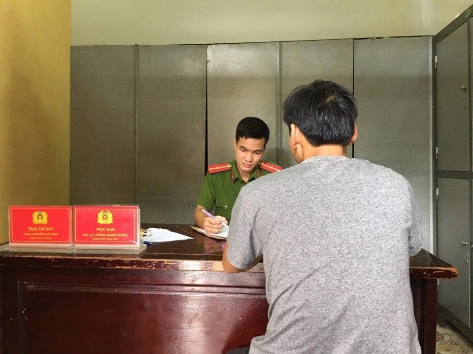 Tài xế taxi Hoàn Kiếm thừa nhận đánh 3 cô gái mặc cả xong không đi - 2