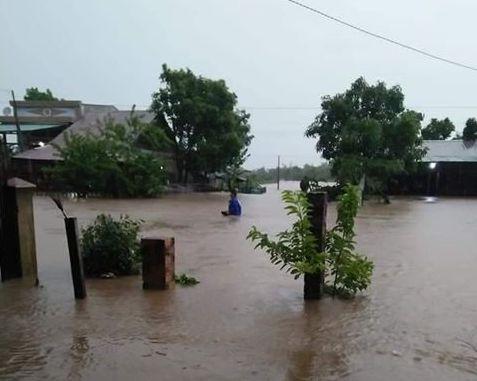 Nhiều khu vực ở Đắk Lắk bị nhấn chìm sau trận mưa khủng khiếp - 1