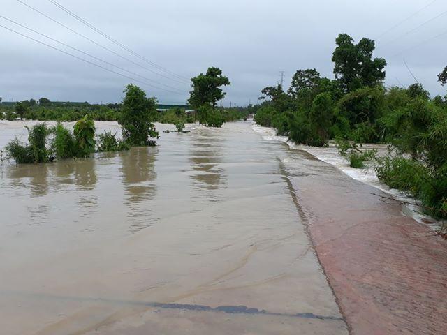 Nhiều khu vực ở Đắk Lắk bị nhấn chìm sau trận mưa khủng khiếp - 3