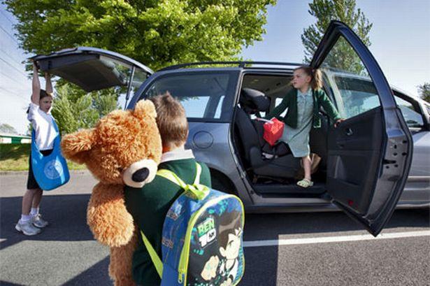 Dạy ngay cho bé những quy tắc an toàn khi đi xe buýt của trường - 5
