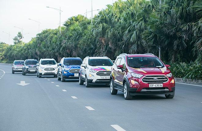 Khẳng định cá tính và năng động với xe Ford EcoSport mới - 2
