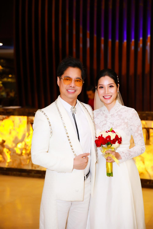 Lộ diện chân dung cô dâu bí mật trong bộ ảnh cưới của Ngọc Sơn - 3