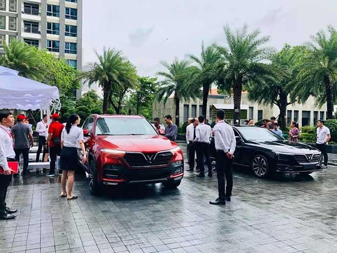 Vinfast tổ chức sự kiện lái thử xe hơi cho nhân viên tập đoàn Vingroup - 2