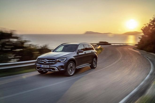 Bảng giá xe Mercedes-Benz GLC 2019 mới nhất, tặng 100% thuế trước bạ khi mua xe GLC200 - 1
