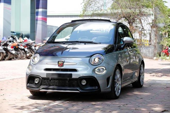 Xe cỡ nhỏ do Ý sản xuất có giá gần 3 tỷ đồng tại Việt Nam - 1