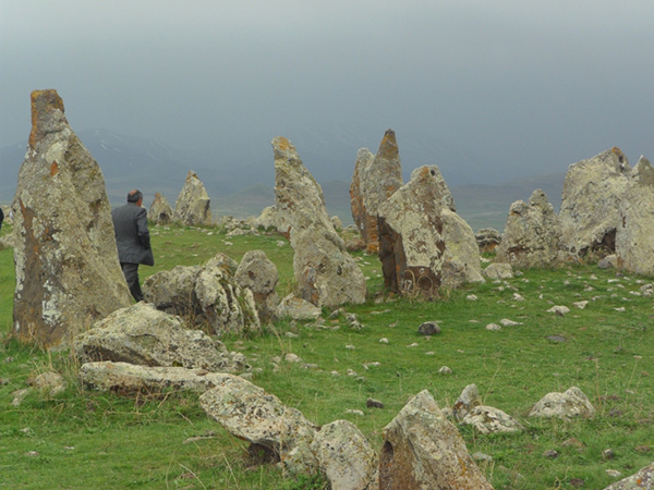 """Bí ẩn thách đố nhân loại về """"thạch trận"""" 7.500 năm tuổi - hình ảnh 3"""