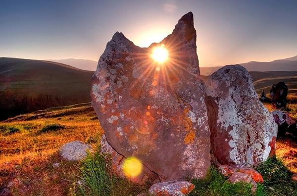 """Bí ẩn thách đố nhân loại về """"thạch trận"""" 7.500 năm tuổi - hình ảnh 6"""