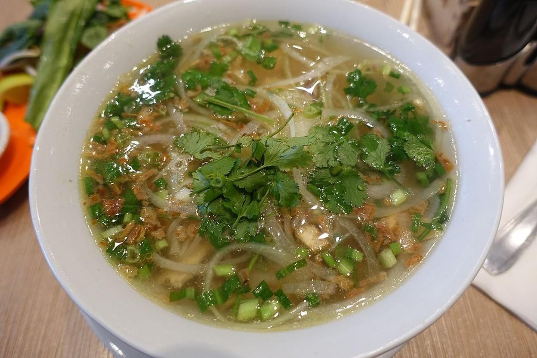 2 1565953389 205 width1440height960 20 món ăn ngon nhất Việt Nam được báo Tây ví như hương vị thiên đường
