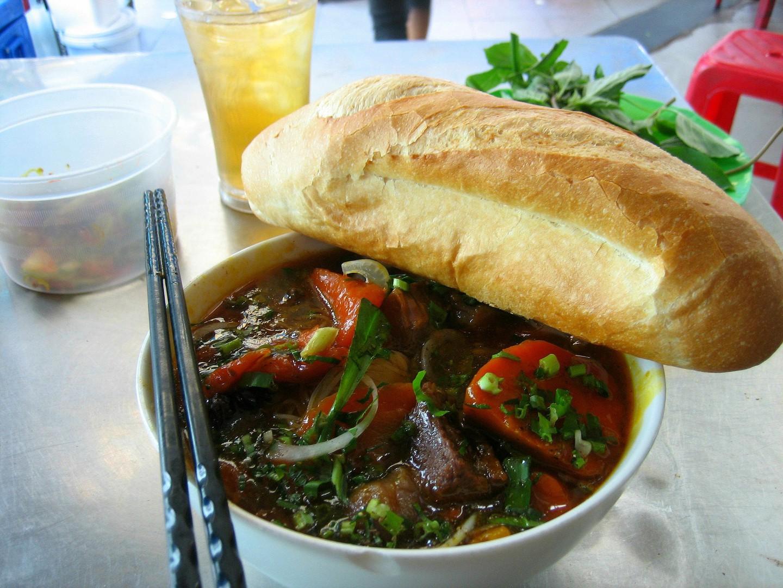 4 1565953389 213 width1440height1080 20 món ăn ngon nhất Việt Nam được báo Tây ví như hương vị thiên đường