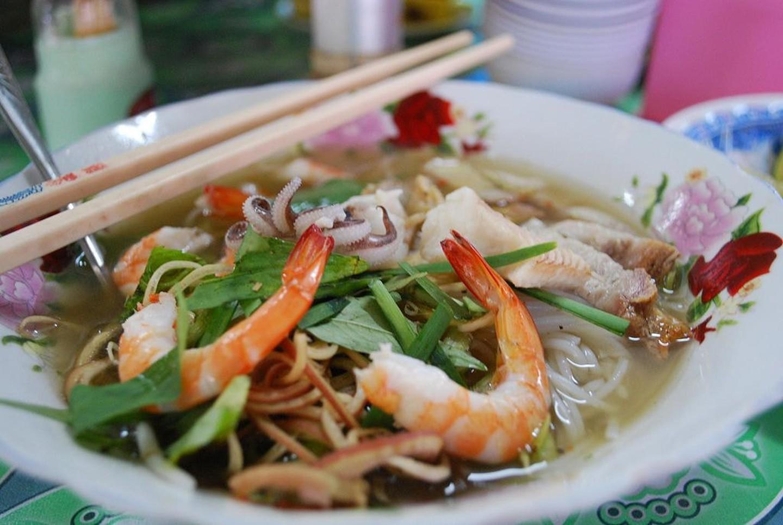 7 1565953389 416 width1440height965 20 món ăn ngon nhất Việt Nam được báo Tây ví như hương vị thiên đường