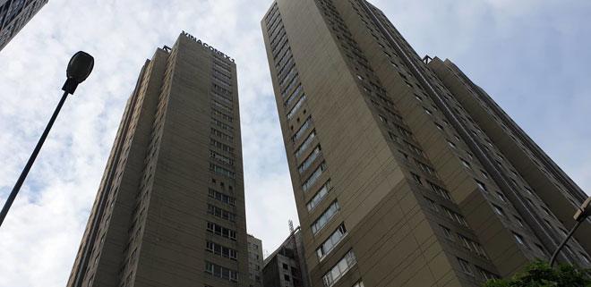 Nhân chứng kể lại thời điểm Phó giám đốc Sở nhảy từ tầng 28 xuống, tử vong - hình ảnh 1