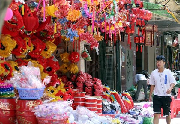 """Đồ chơi """"made in Việt Nam"""" bất ngờ lấn át Trung Quốc tại Hàng Mã trước mùa Trung thu - 10"""