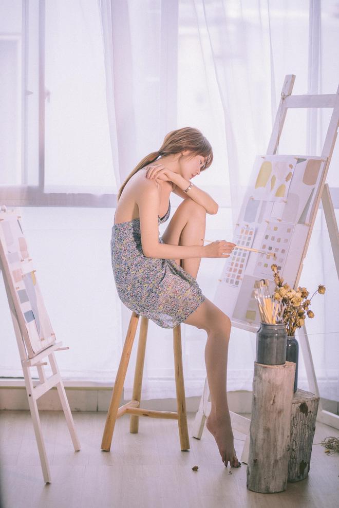 Bộ ảnh thời trang diện váy ngủ khoe vẻ đẹp tuổi thanh xuân của Minh Hằng - 2