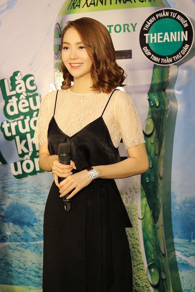 Bộ ảnh thời trang diện váy ngủ khoe vẻ đẹp tuổi thanh xuân của Minh Hằng - 10