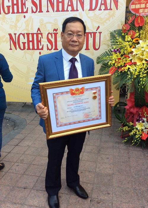 'Ông trùm tội phạm' Việt kiều và cuộc sống với nghề tay trái làm thợ may - 2