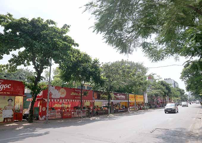 Hà Nội: Thị trường bánh trung thu nhộn nhịp, giá 4 triệu/hộp - 4