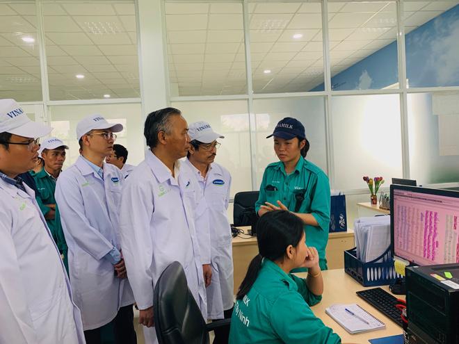 Vinamilk phối hợp với Cục Thú y xây dựng vùng chăn nuôi bò sữa an toàn dịch bệnh - 5
