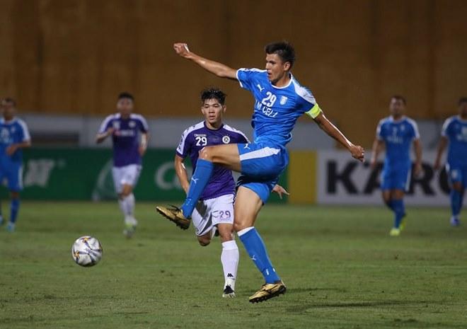 Bán kết AFC Cup Hà Nội - Altyn Asyr: Quang Hải tưng bừng cú đúp, penalty định đoạt - 1