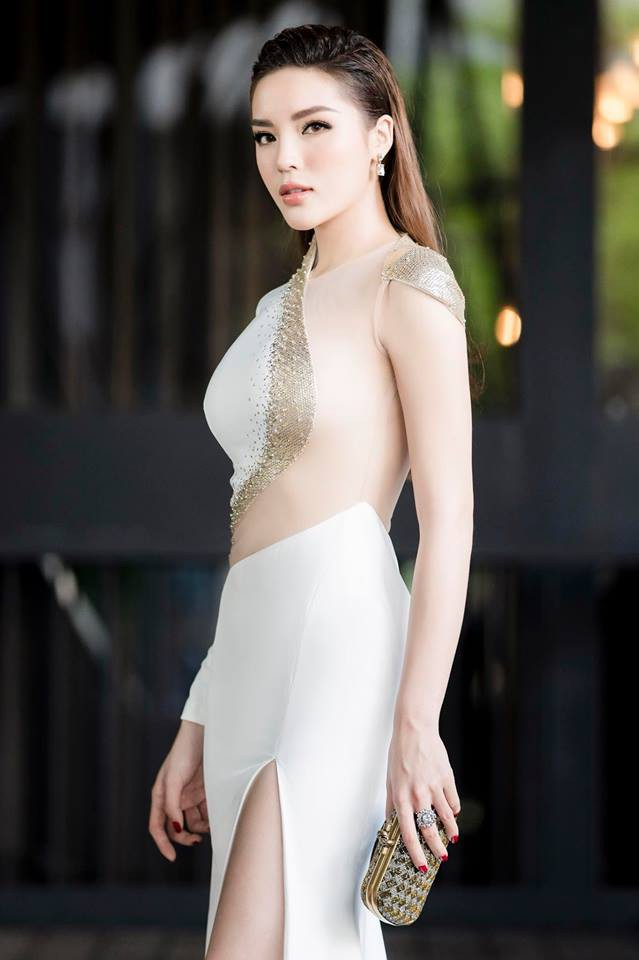Kỳ Duyên chứng minh mình là hoa hậu mặc bốc lửa nhất với váy cúp khoe nửa vòng 1 - 7