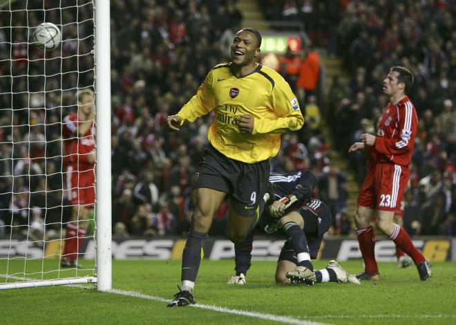 Liverpool đại chiến Arsenal: Bi kịch thua 3-6, đặc sản bàn thắng muộn - 3