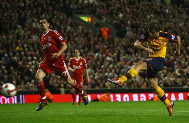 Liverpool đại chiến Arsenal: Bi kịch thua 3-6, đặc sản bàn thắng muộn - 2