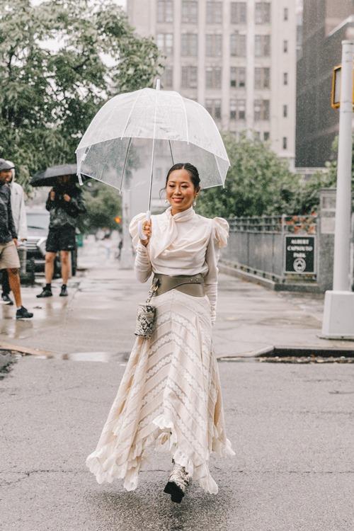 4 item giúp hội dân chơi sành điệu ngày mưa rơi - 1