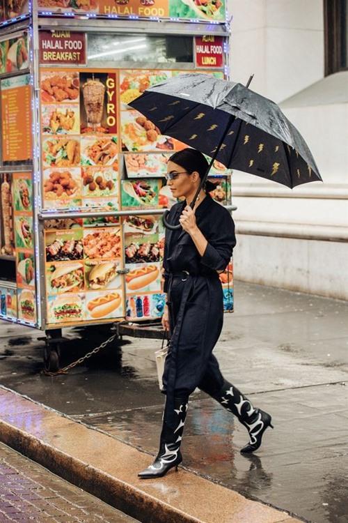 4 item giúp hội dân chơi sành điệu ngày mưa rơi - 7