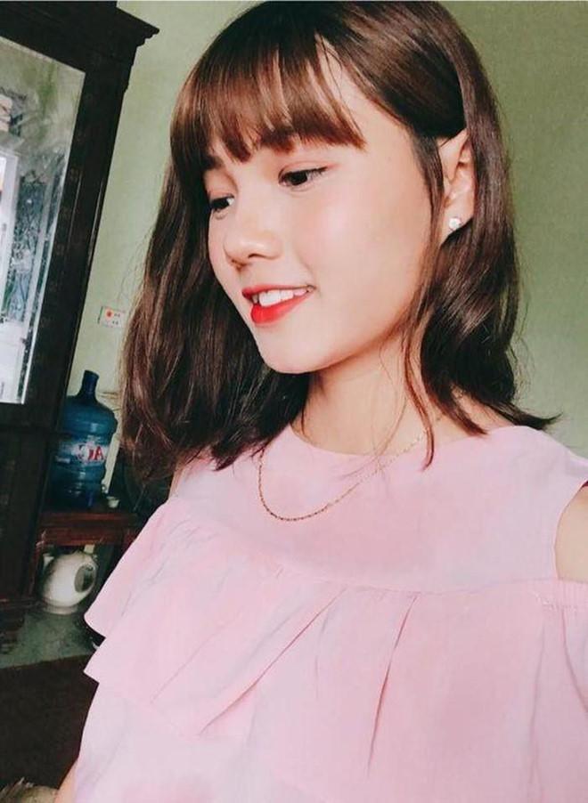 """Nhan sắc đời thường xinh như hotgirl của hoa khôi ĐT nữ Việt Nam """"đốn tim"""" dân mạng - 4"""