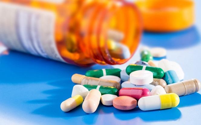 Những loại thuốc 'cứu mạng' cần mang theo khi đi du lịch - 4