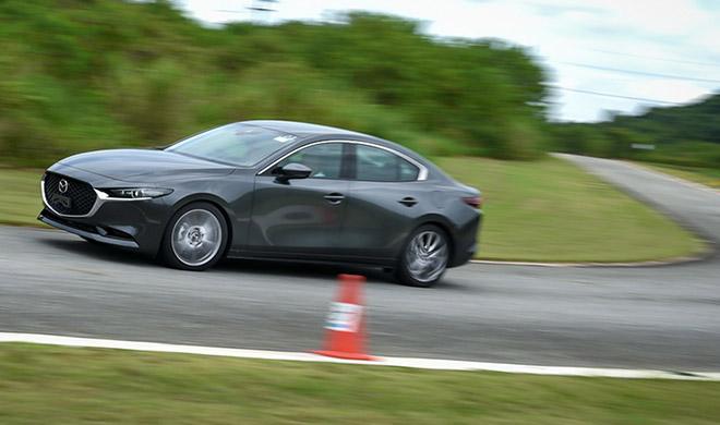 Những hình ảnh mới nhất của xe Mazda 3 2020 sẽ cập bến Việt Nam trong thời gian tới - 2