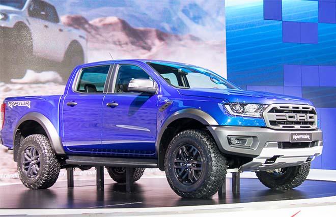 """Bảng giá xe Ford Ranger 2019 lăn bánh - Liệu ngôi vương của Ranger có """"lung lay""""?"""