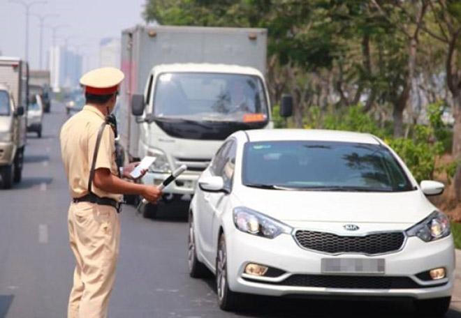 Cảnh sát giao thông được quyền xử phạt vi phạm tại chỗ trong trường hợp nào? - 1
