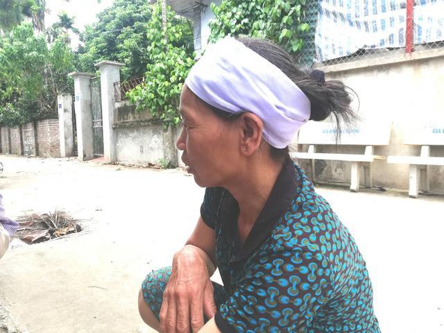 Xót xa cảnh bé 1 tháng tuổi khát sữa mẹ sau thảm án anh trai chém cả nhà em ruột ở Hà Nội - 2