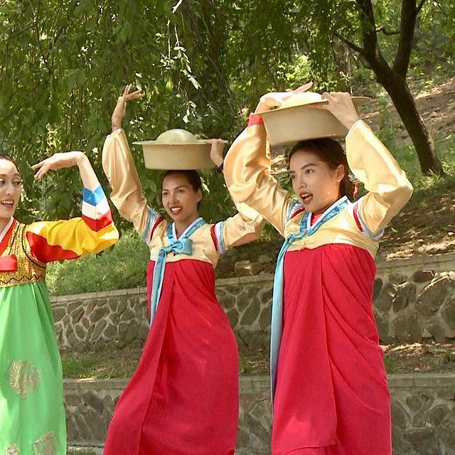 Kỳ Duyên tự nhận mặc hanbok thẳng đuột như thước kẻ - 2