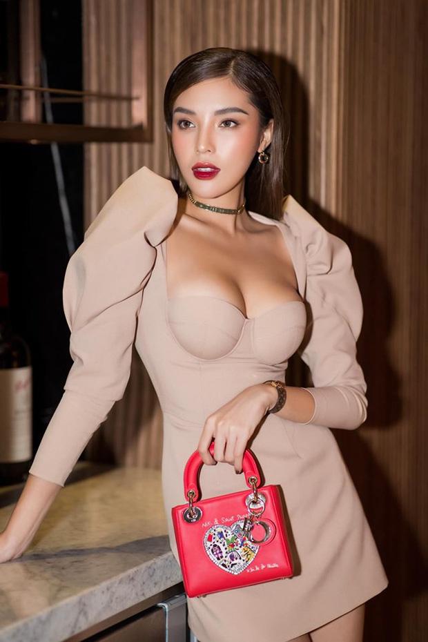 Kỳ Duyên tự nhận mặc hanbok thẳng đuột như thước kẻ - 5