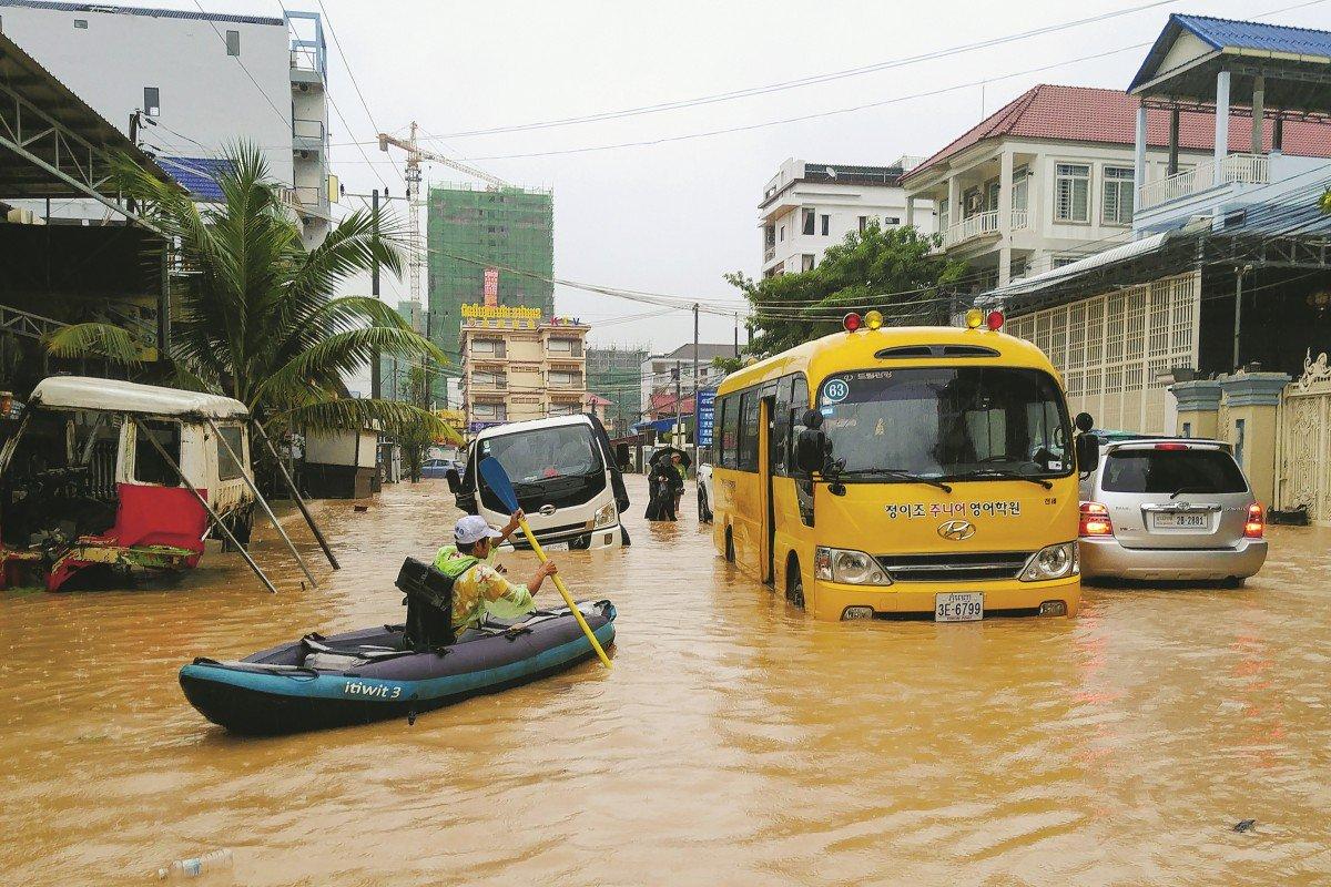 Được Trung Quốc đổ núi tiền khổng lồ, thành phố Campuchia ngập nặng?