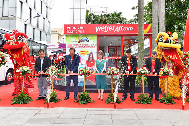 Vietjet khai trương phòng vé mới cùng tổ hợp dịch vụ toàn diện cho khách hàng - 1