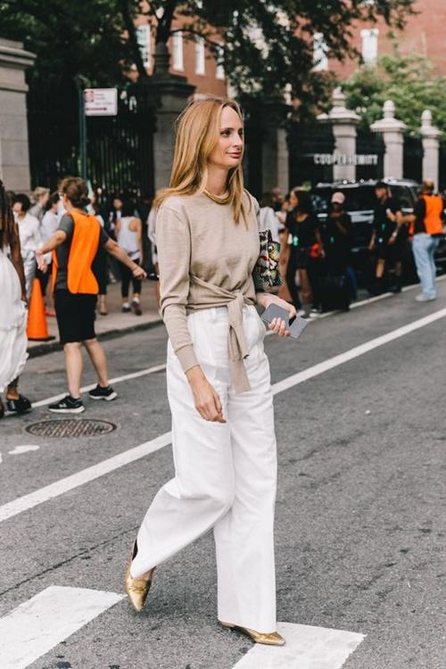 4 lý do nên mặc màu trắng mùa mát - 11