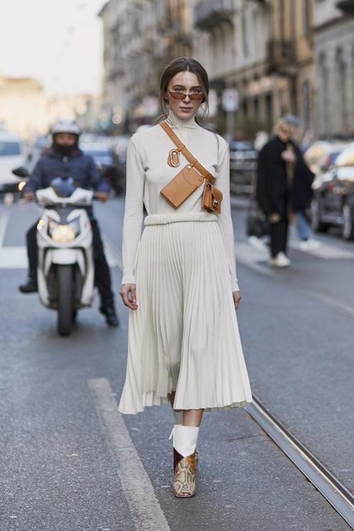 4 lý do nên mặc màu trắng mùa mát - 14