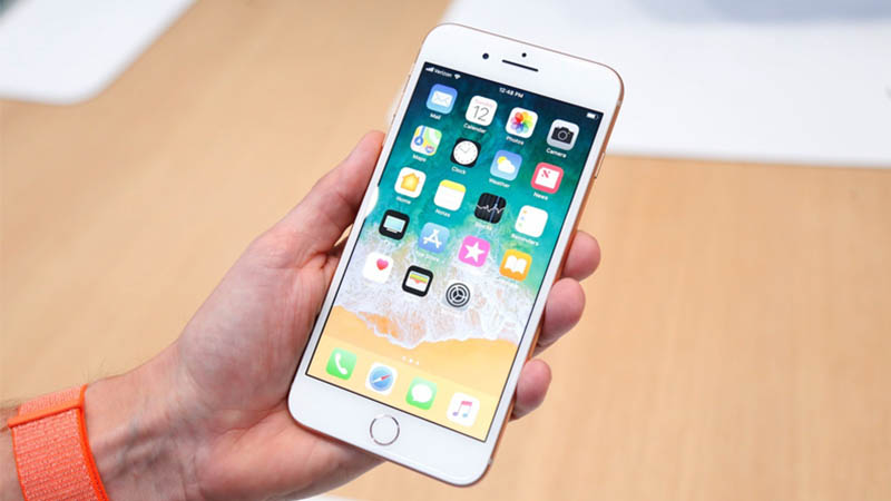 Mẫu iPhone đẹp, mạnh như iPhone đời mới nhưng rẻ như iPhone đời cũ - 1