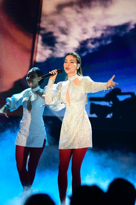 Bảo Thanh ôm Nhã Phương trên sóng trực tiếp VTV, xóa bỏ nghi ngờ mâu thuẫn - 7