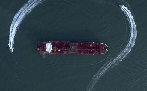 Iran vừa bắt thêm tàu chở dầu nước ngoài, giam giữ 12 thuyền viên Philippines