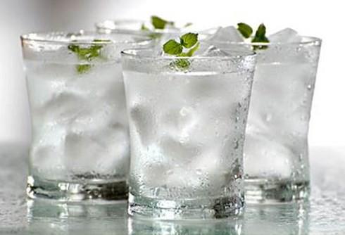 Những loại nước hại hơn... thuốc độc, tuyệt đối không uống khi vừa ngủ dậy - 3