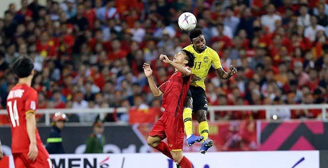 ĐTVN tranh vé World Cup: Quên Thái Lan đi, Malaysia nhập tịch đáng sợ hơn! - 2