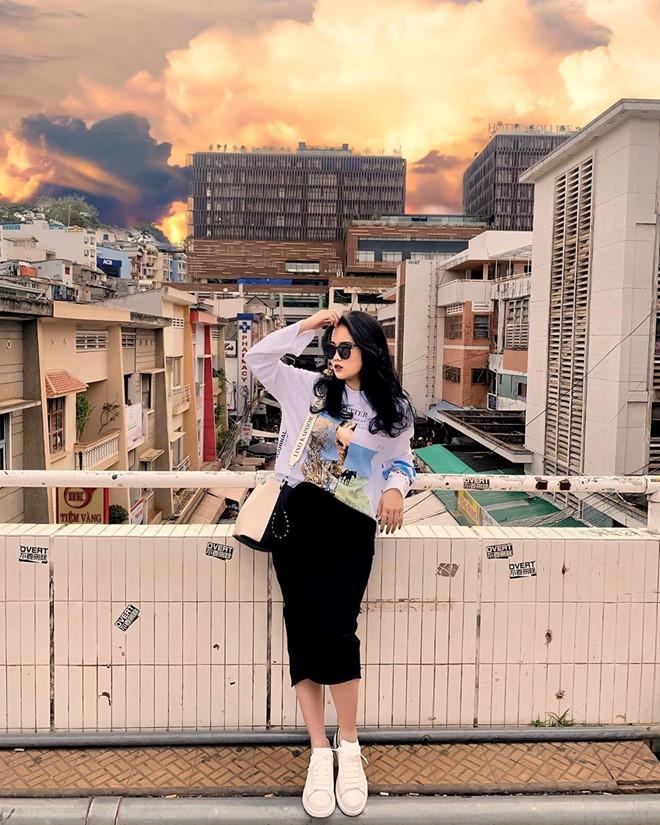 Cao 1,56m, bạn gái Đoàn Văn Hậu sở hữu gu thời trang ấn tượng - 6